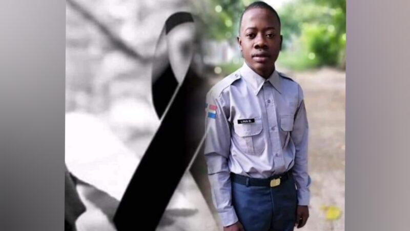 Agente policial pierde la vida al colisionar su motocicleta con otro motorista