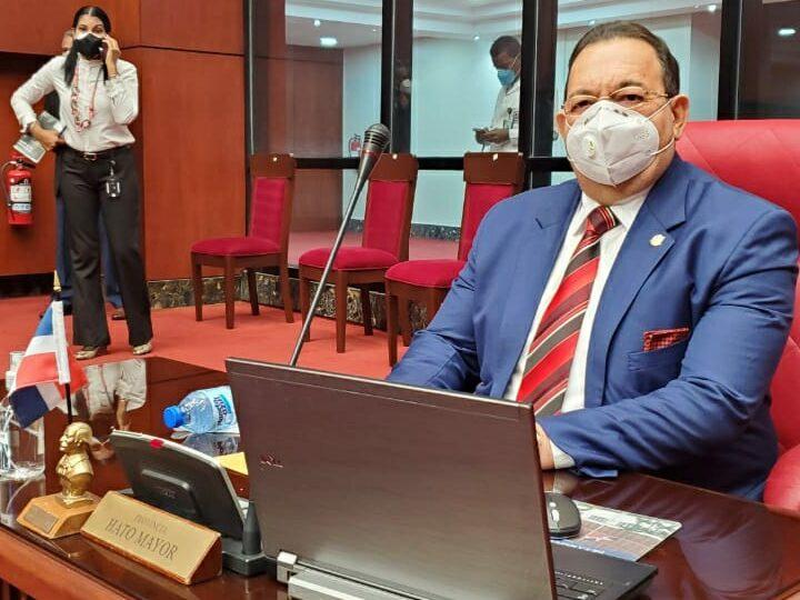 Senador Cristóbal Castillo anuncia retiro de proyecto de ley limita Los Haitises