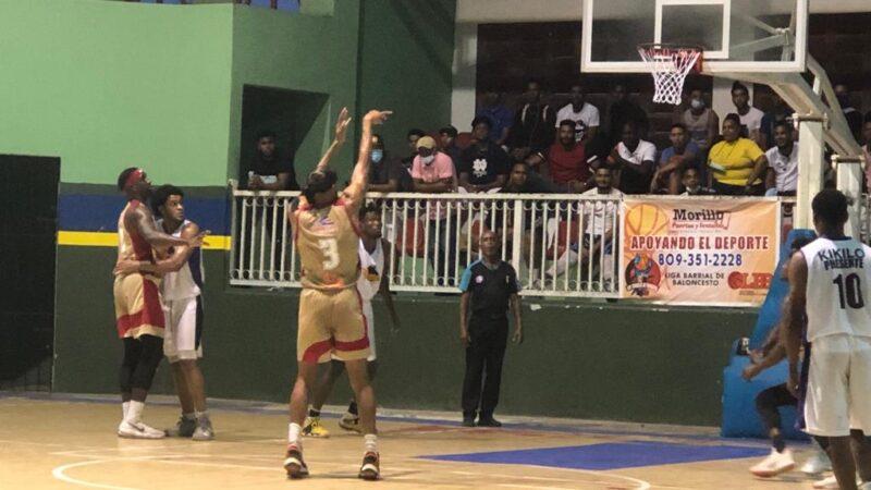 Bancola derrota a Villa Pereyra y clasifica a la Semi Final de la Liga Barrial de Baloncesto La Romana; Ricky Morla jugador más destacado