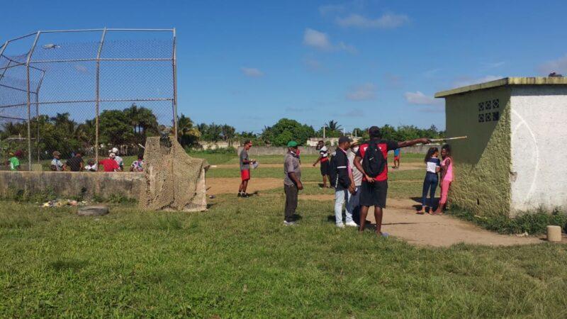 Director provincial de INAPA Mario Bahín realiza levantamiento de todas las instalaciones deportivas de la provincia, para instalarles las acometidas del agua potable