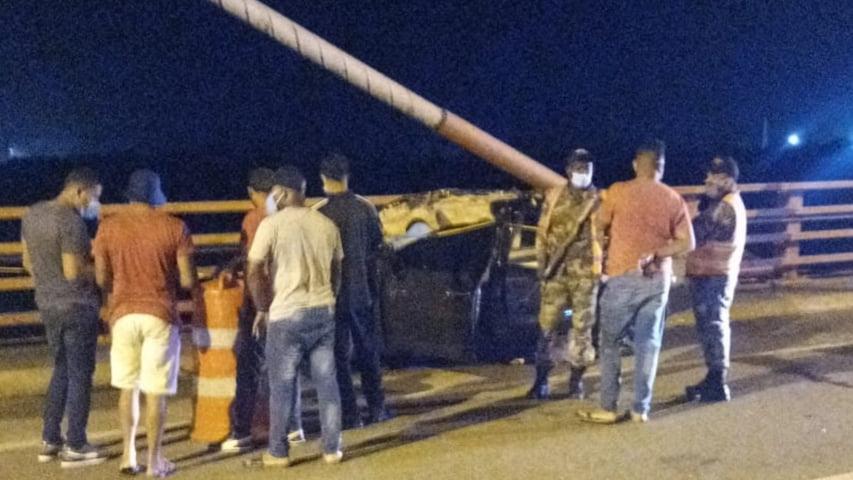 Aparatoso accidente de tránsito deja varias personas muertas y varias heridas en San Pedro de Macorís