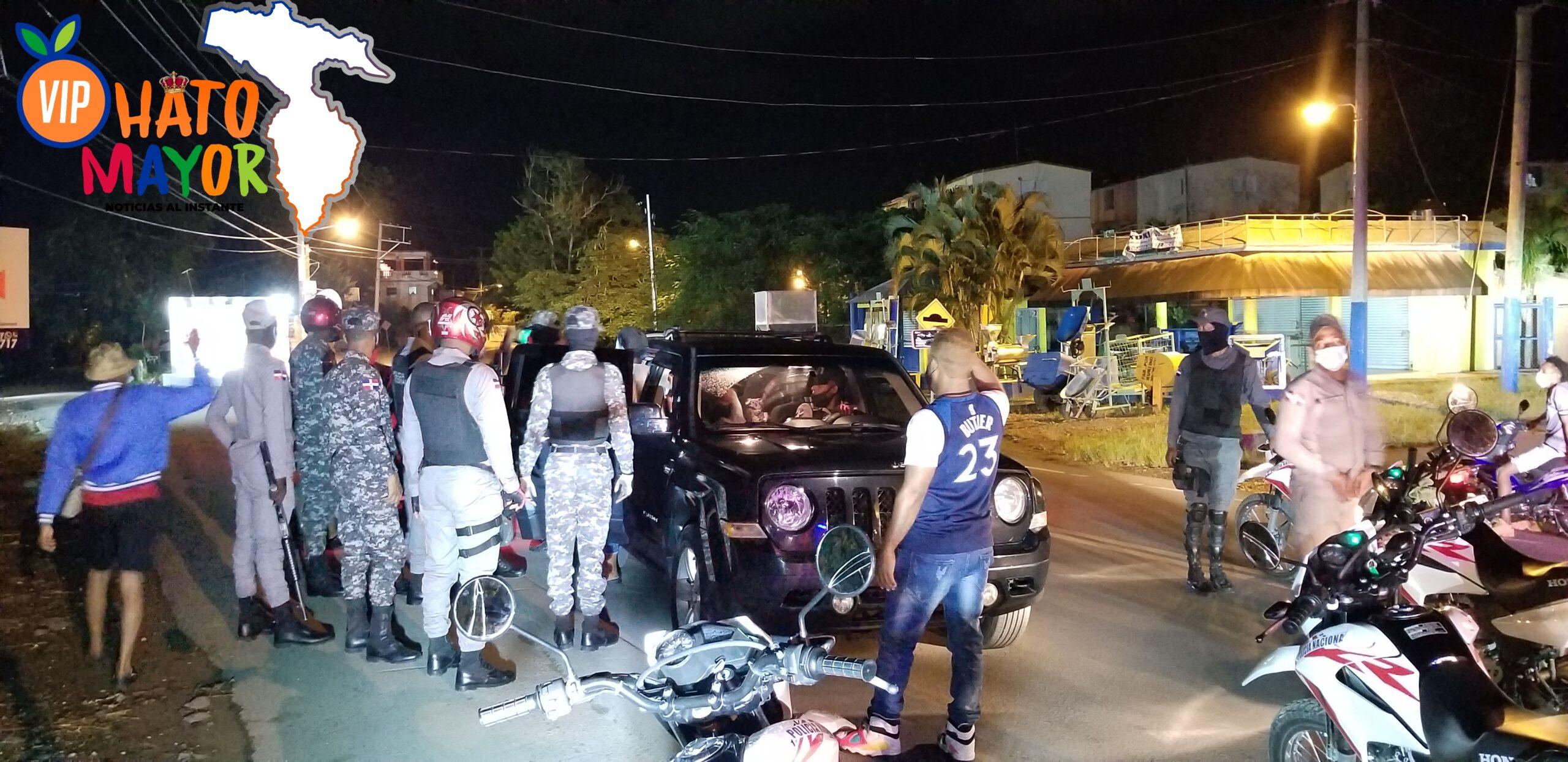 PN apresa más de 30 personas por violar Toque de Queda en Hato Mayor del Rey