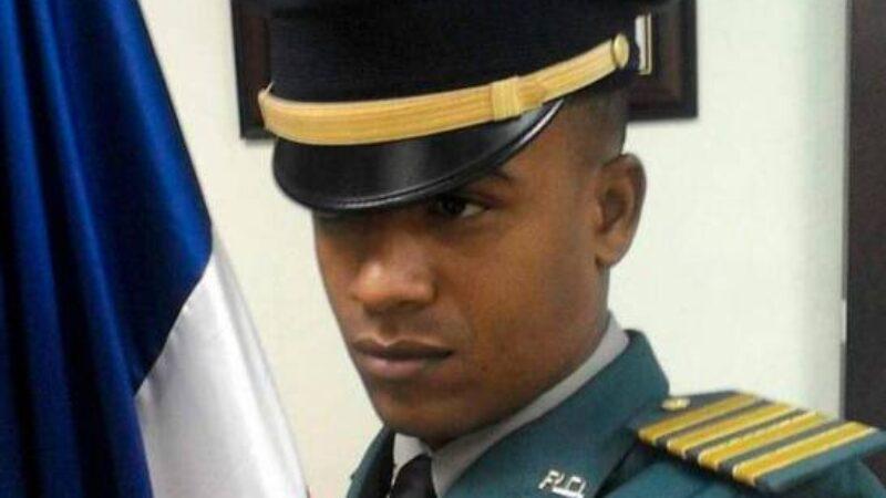 Matan primer teniente que intentó frustrar atraco a pocos metros de destacamento policial