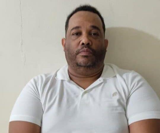 PN apresa hombre presuntamente es miembro de una peligrosa estructura del crimen organizado dedicada al secuestro en Santiago