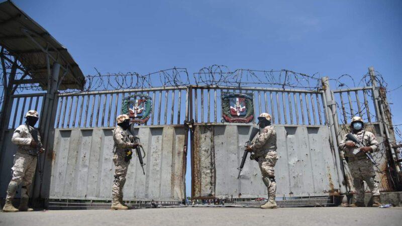 Presidente Abinader ordena cierre de frontera con Haití y reforzamiento de la seguridad