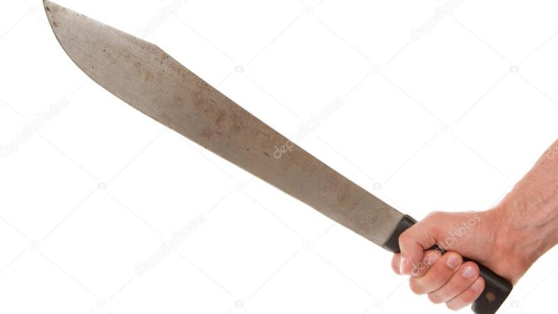 Hombre hiere a otro de varios machetazos en Miches