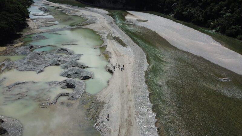 Medio Ambiente interviene extracción ilegal de materiales en Muchas Aguas, San Cristóbal; someterá a la justicia a empresa reincidente