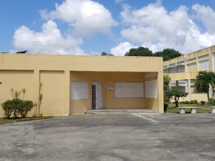 Peligra inicio de clases presenciales en principales escuelas de Hato Mayor, por condiciones deplorables en que se encuentran sus plantas físicas