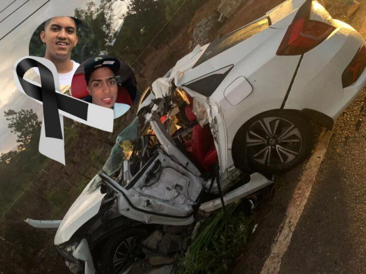 Aparatoso accidente de tránsito cobra la vida de dos jóvenes en Monte Plata
