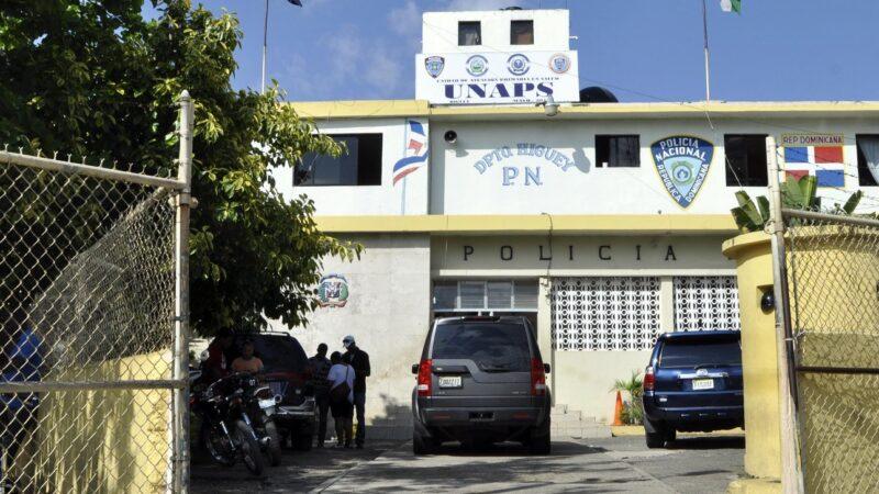 Desconocidos matan cliente en un colmado e hieren de gravedad al propietario en medio de un atraco en Higüey